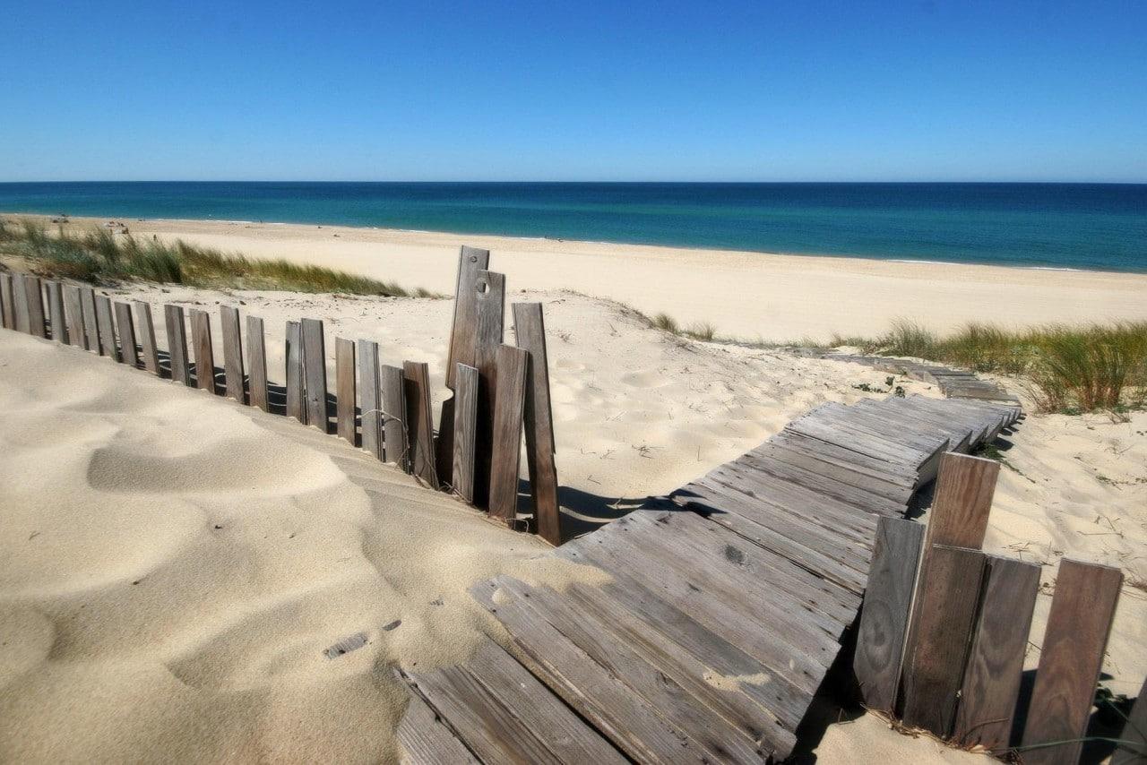 beaches-blue-skies-fences-landscapes-sand-1280x854